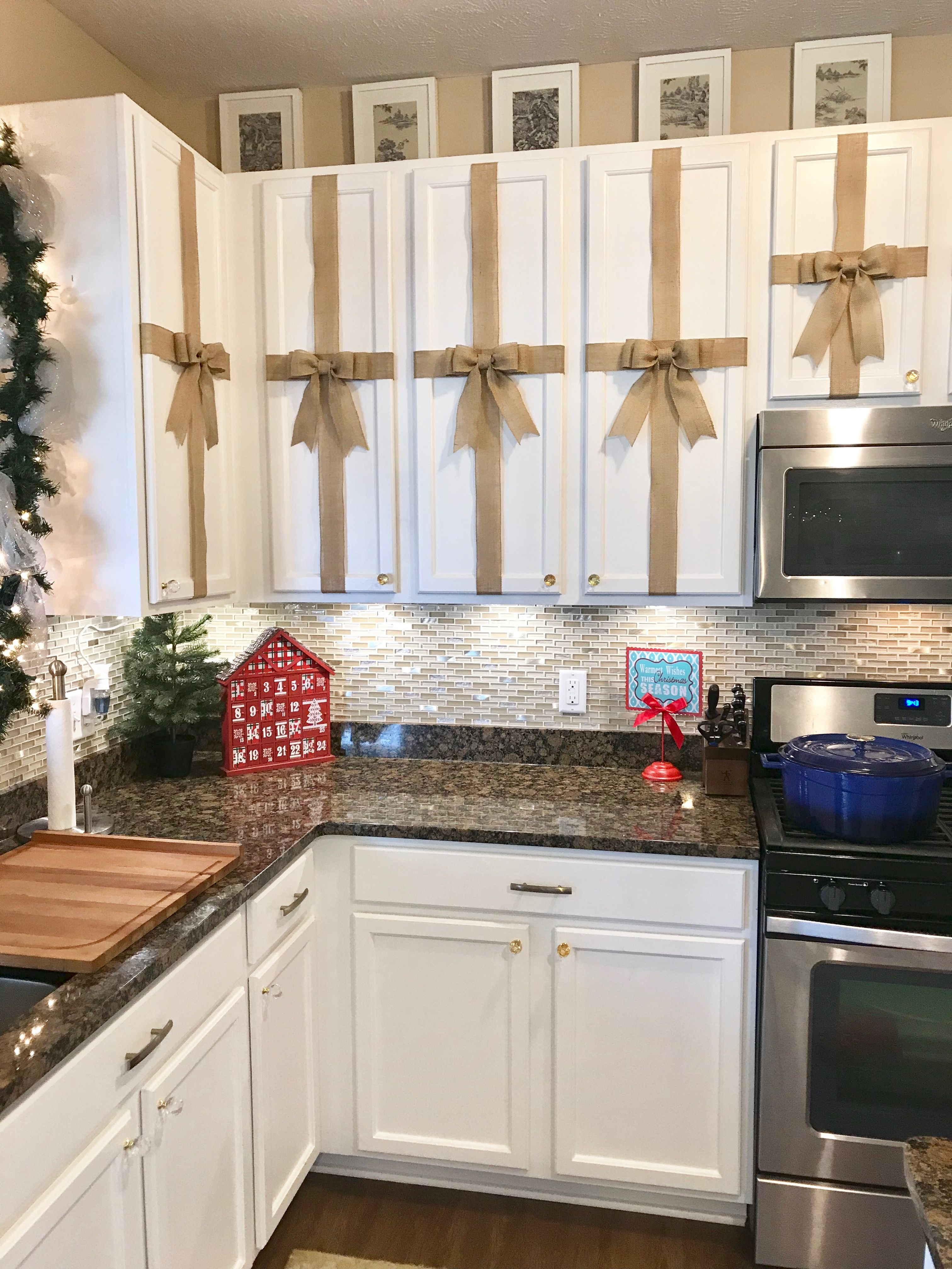 Diy Burlap Bows For Kitchen Cabinets For Christmas Decor Kitchen