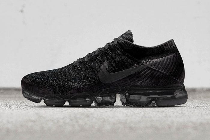 best service 56c96 94a9a The Air VaporMax is Coming to NIKEiD