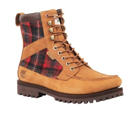 Timberland Newmarket boot. Something about the angle Timberland photographs their boots at makes the ankle/foot ratio look wierd to me but in reality they are actually very nicely proportioned.