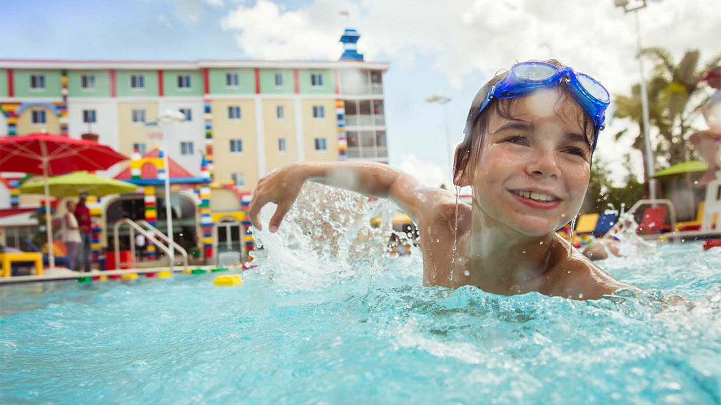 Enjoy your vacation at LEGOLAND Florida Resort. The theme park and water park includes 50 rides, shows and attraction. Experience awesome with your family.