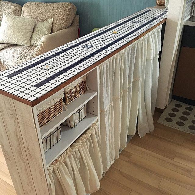 カラーボックスで机も作れる 扉の付け方から収納活用法 インテリア
