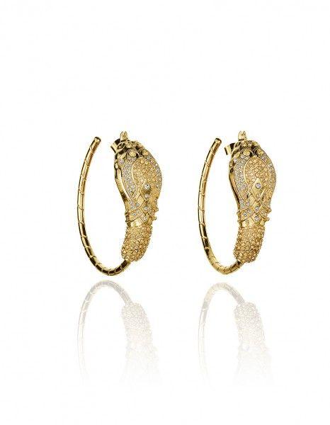 Collection Anna Dello Russo pour H M en boutique le 04 octobre. boucles d oreilles