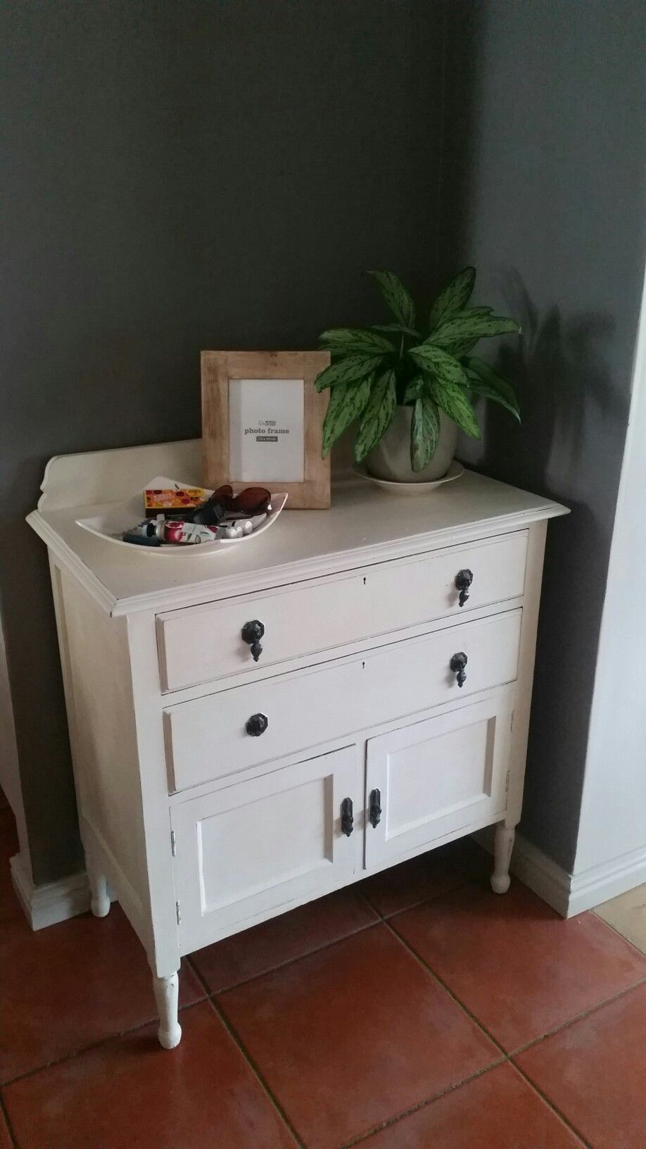 Happy with my 1st chalk paint project!
