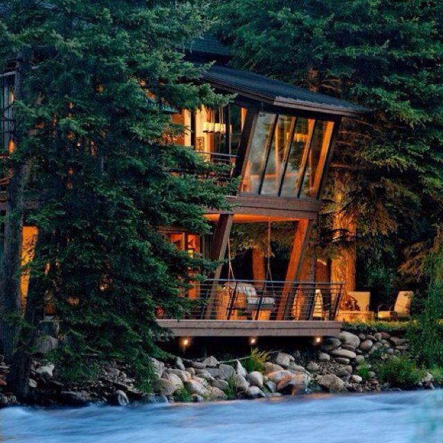 Twilight House, Aspen,Colorado. So pretty!
