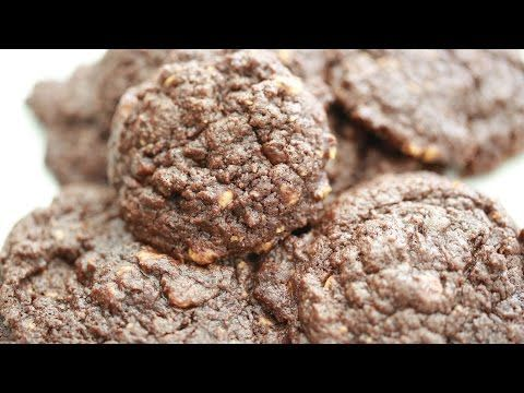 TASTE TEST: GHIRADELLI CHOCOLATE PEANUT BUTTER CHIP COOKIES! - #CookWithAprilVideo https://youtu.be/bf3qlp0g7vc