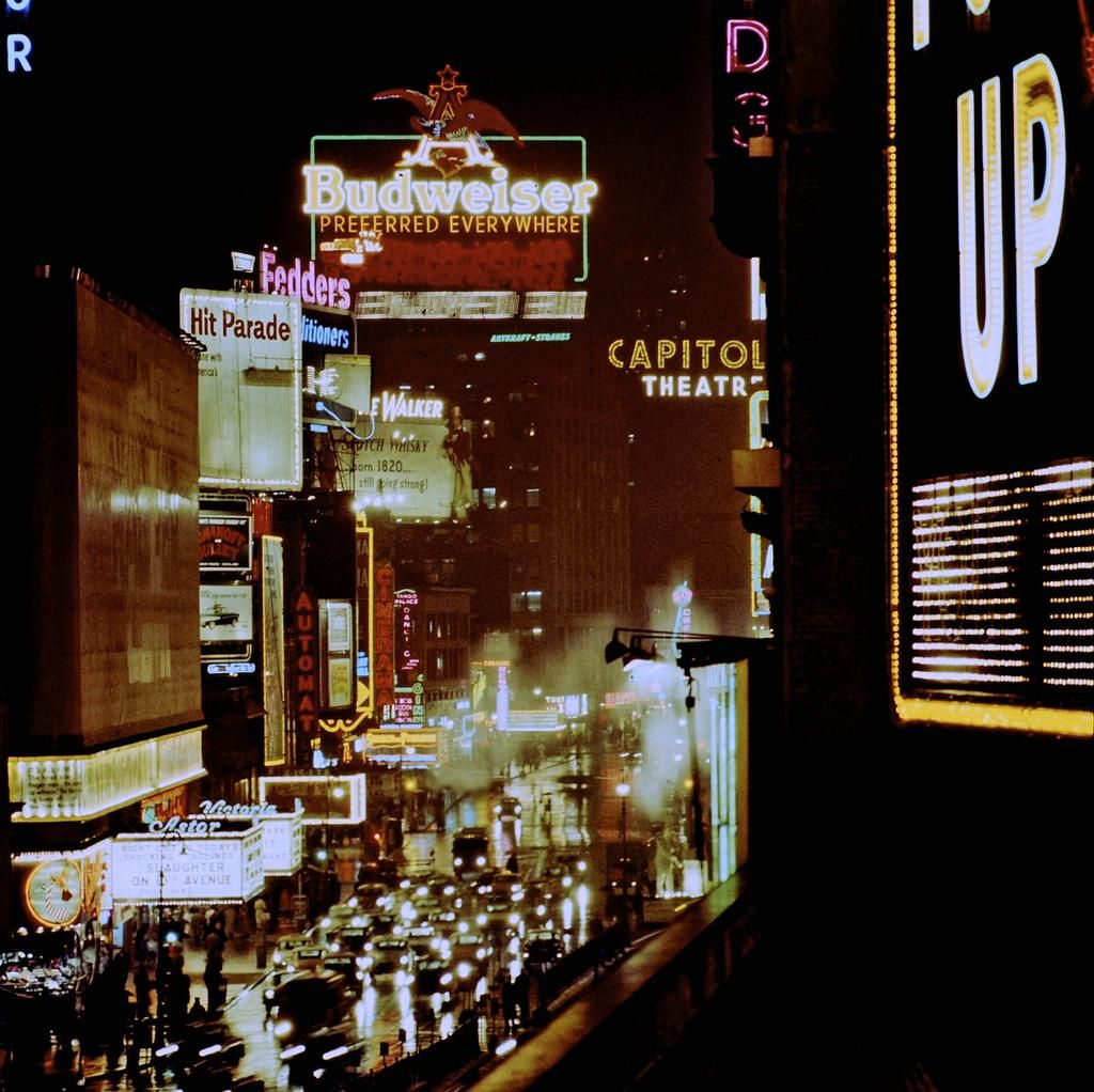 1957: New York neon (15 pictures - http://mashable.com/2015/06/24/new-york-neon-nights/ …)