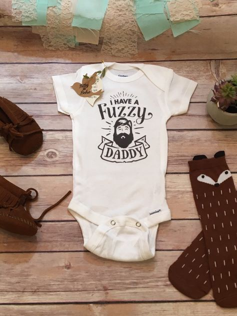 I Have A Fuzzy Daddy Cute Beard Toddlers Childrens Kids T Shirts T-Shirt Top