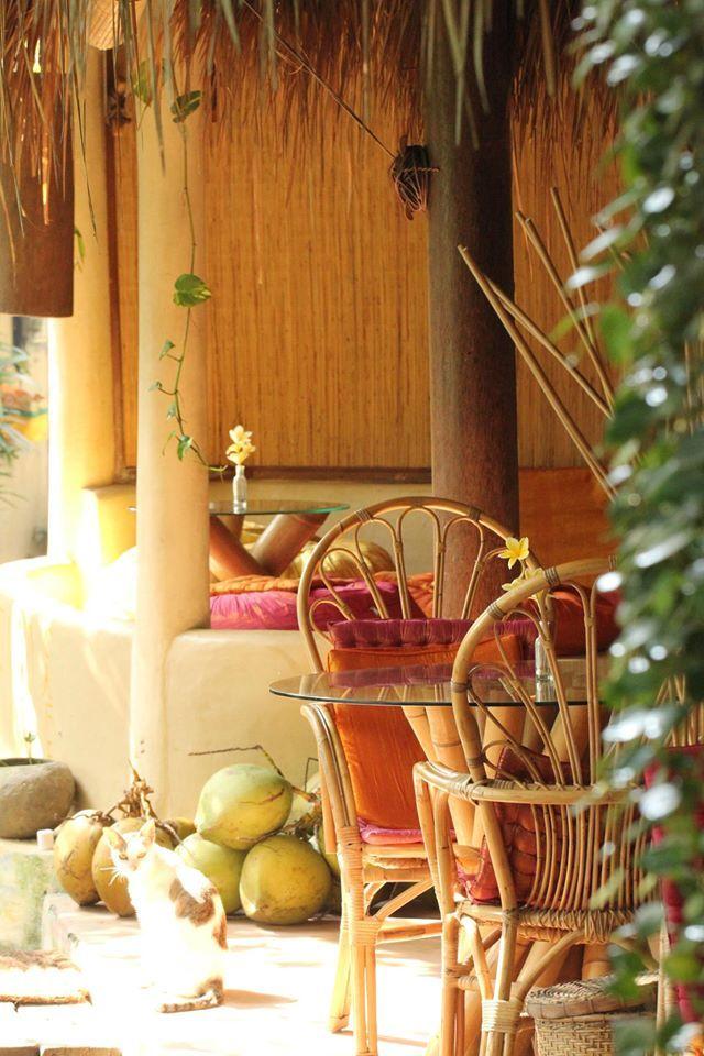Yellow Flower Café Ubud