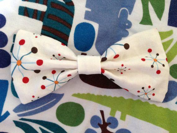 White geometric snowflake fabirc bow by KatiecraftShack on Etsy, $4.00
