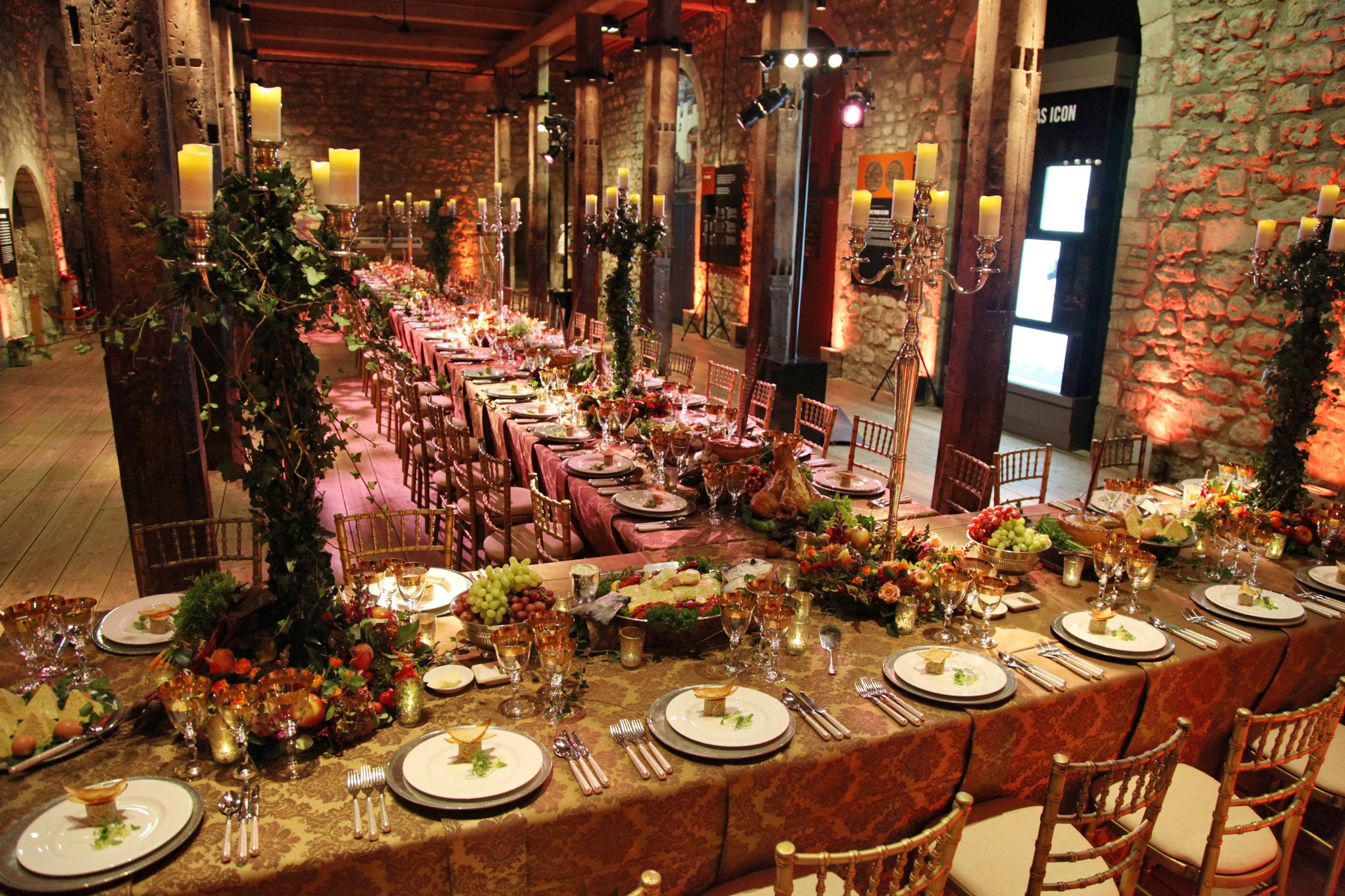 Event Decor London An Ornate Medieval Banquet Table In The White Tower At Tower Of