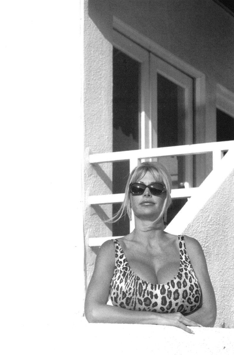 Alex Kapp Horner Porno archive Sue Ane Langdon,Anne Nagel