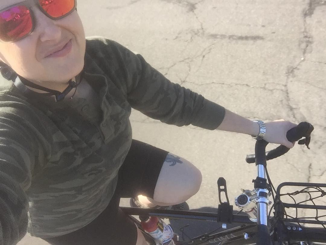 Hello sunshine! #bikeselfieesteem