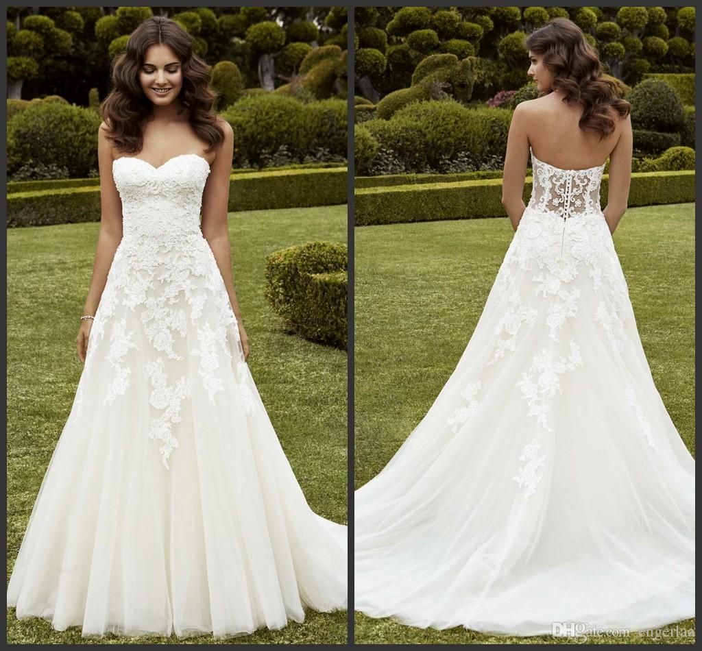 Simply a line wedding dresses strapless sweetheart for Lace a line wedding dress with sweetheart neckline