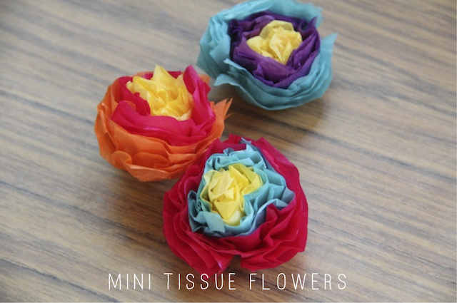 DIY MINI TISSUE FLOWERS — And We Play | DIY For Kids