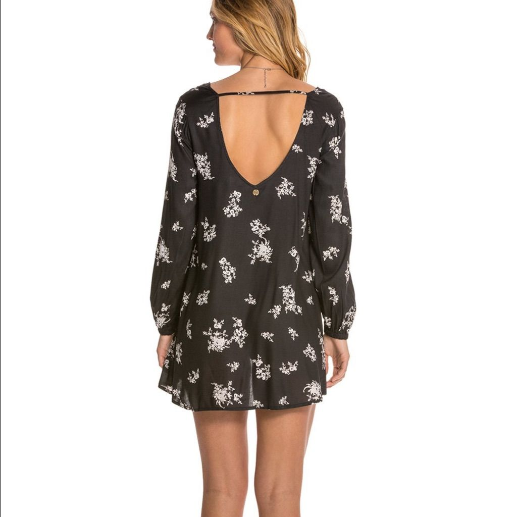 Black floral long sleeve dress products