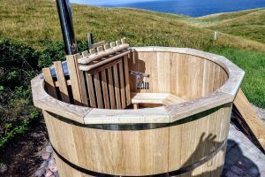 Tinozza in legno riscaldata da esterno vendita vasca for Vasca tartarughe da esterno