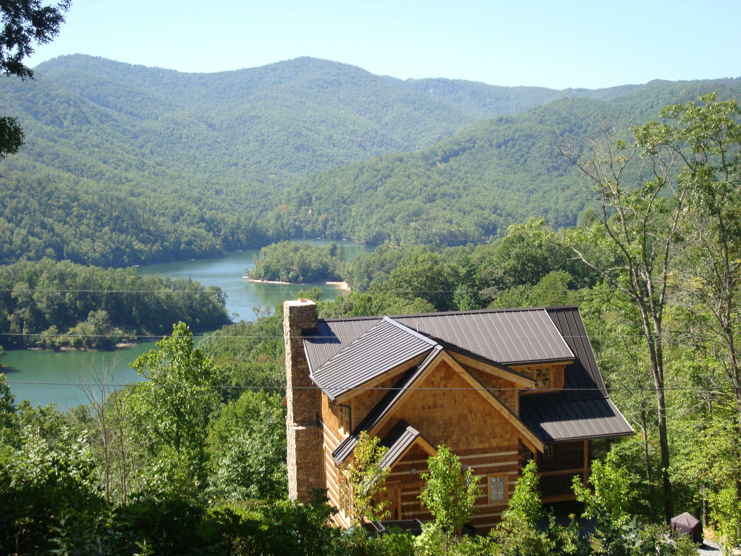 Log cabin on a lake royalty free stock photography image 7866317 - Log Cabin Overlooking Lake