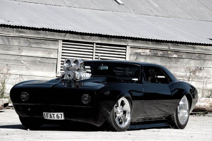 front view of the '67 modded Camaro