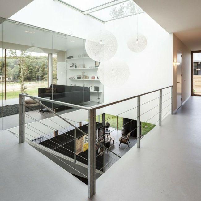 Oberlichter Wohnzimmer Pendelleuchte Treppenhaus Metallgeländer ...