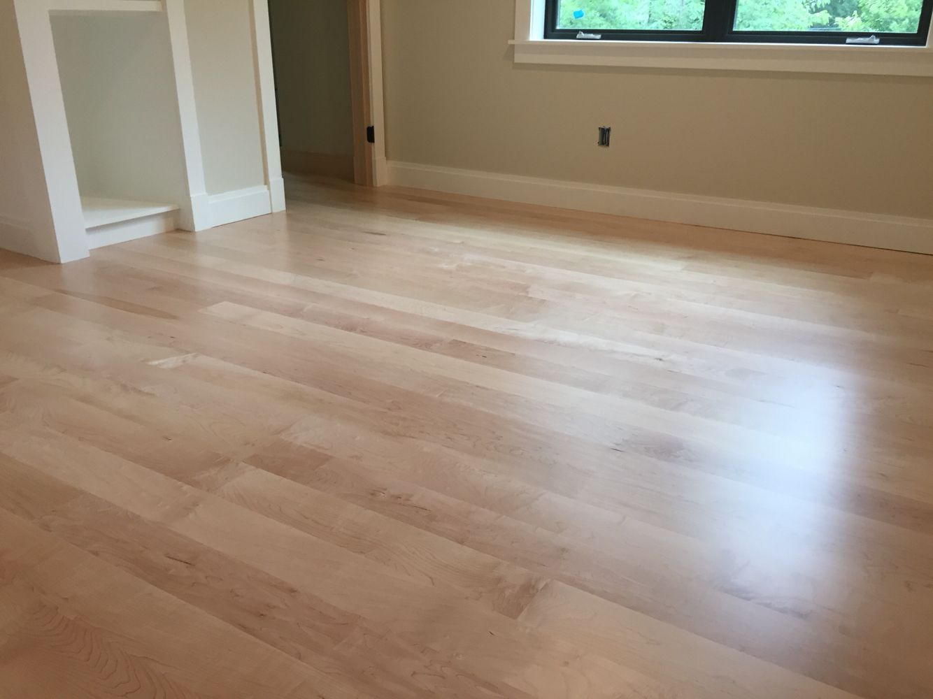 Locally Milled 5 Maple Floors Finished With Bona Bonaseal And Bona Traffix Hd Extra Matte Maple Floors Flooring Flooring Projects