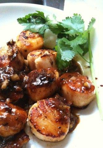Seared scallops with orange glaze food pinterest - Aperitivos de mariscos ...