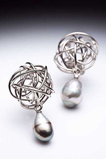 14K gris, perles keishi de Tahïti