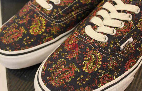 d8fc3f6d7a24d5 Supreme x Vans Authentic  Paisley  Spotted