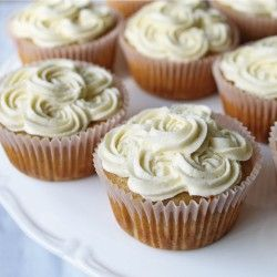 Banana Cupcakes with maple syrup