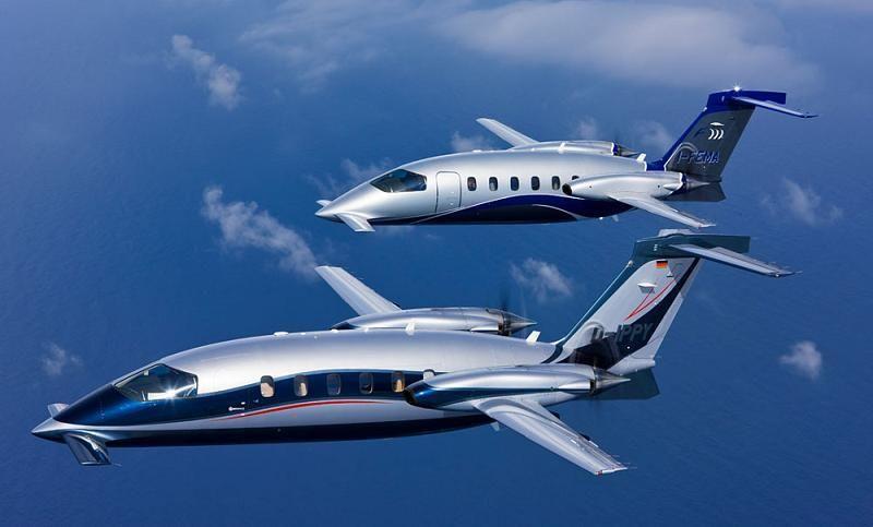 """El lujoso jet privado bimotor italiano Piaggio Aero P180 Avanti II .es el avión más rápido turbohélice hoy en día, puede alcanzar velocidades de crucero de más de 402 KTAS. motores Pratt & Whitney Canada PT6A-66, también es 100 nudos más rápido que su competencia, el modelo """"King Air""""."""