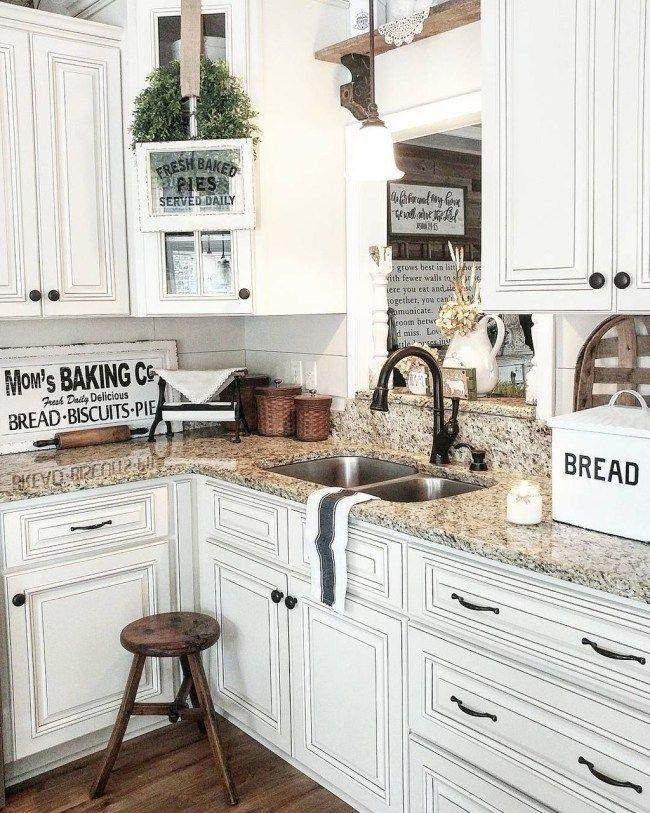20 Beautiful Farmhouse Style Rustic Kitchen Cabinet Decoration Ideas