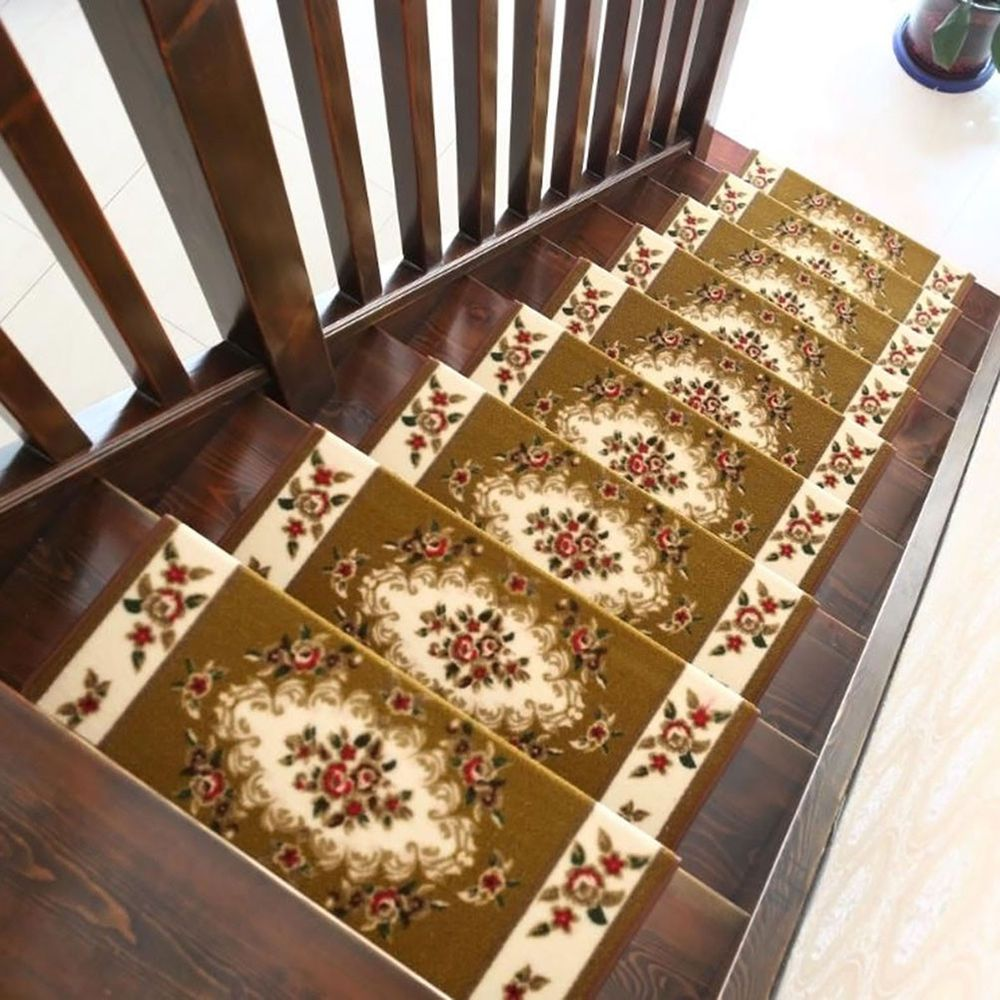 Best This Stair Treads Arpet Is Made Of Premium Quality 400 x 300
