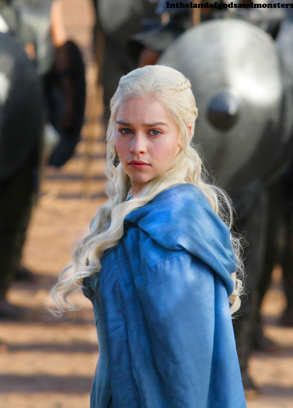 daenerys targaryen blue white - photo #23