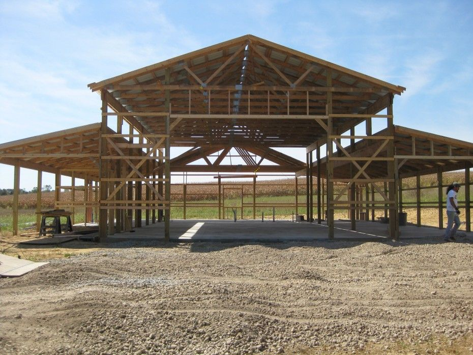 Strikking Pole Building Framing With Wooden Materials As Inspiring Pole Barn Homes Building Construction Building A Pole Barn Pole Barn House Plans Barn Design