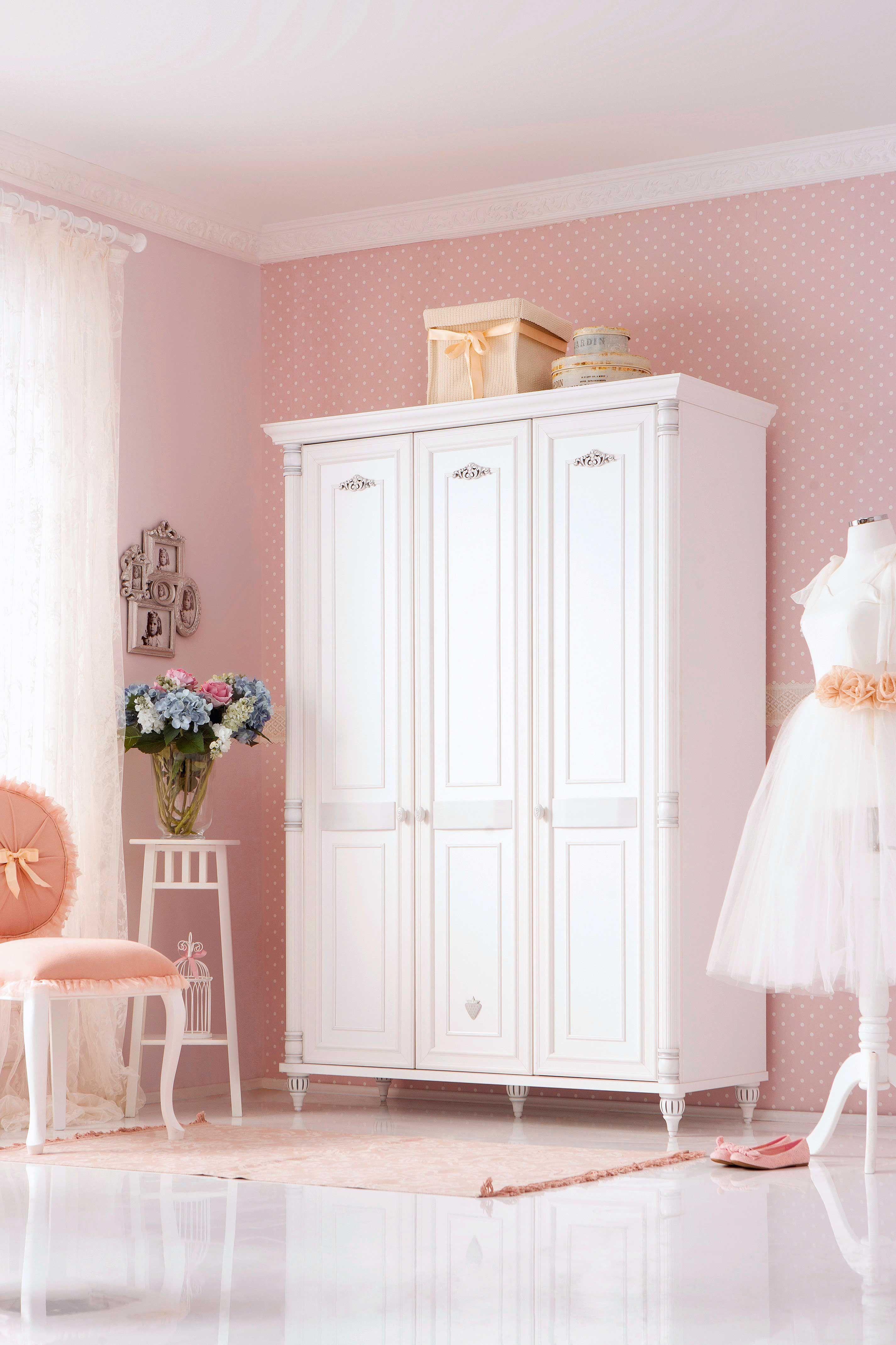 Cilek Romantic Kleiderschrank mit LED - Beleuchtung Ein ...