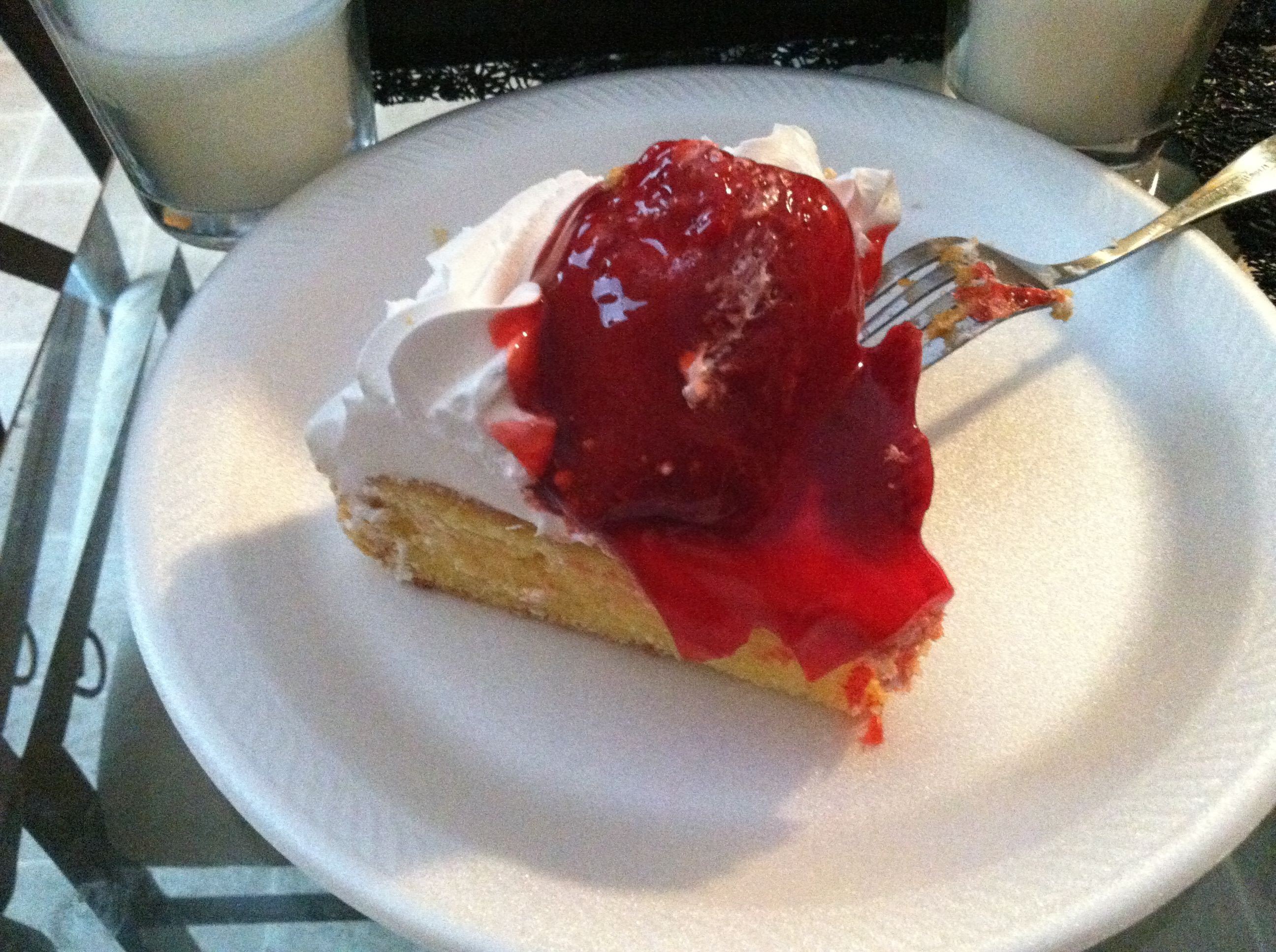 Krogers Strawberry Crunch Cake