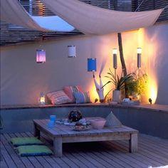sonnensegel terrasse laternen holztisch sichtschutz oben | varios, Terrassen deko