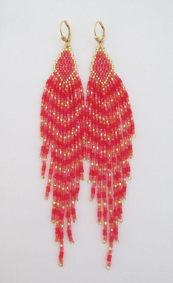 4feee27a6a23 Flequillo largo con cuentas pendientes rojo