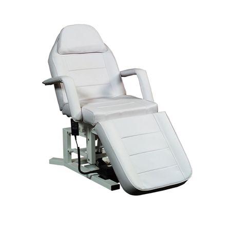Auf dieser Kosmetik- und Behandlungsliege können sich Ihre Kunden entspannt zurücklehnen, denn Sie ist sehr angenehm weich gepolstert. Dank der niedrigen Einstiegshöhe von 66 cm und der abnehmbaren Armlehnen gestaltet sich der Einstieg für Ihren Kunden sehr leicht. Da im Kopfteil der Liege ein Gesichtsfeld integriert ist, können Sie auch entspannende Rückenmassagen durchführen. (Art.-Nr.: KL 325 E RG)