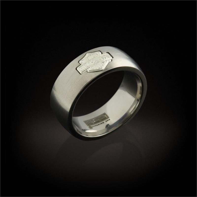 Pin By Lorri Davis On Men S H D Rings Harley Davidson Wedding Rings Harley Davidson Wedding Harley Davidson Rings