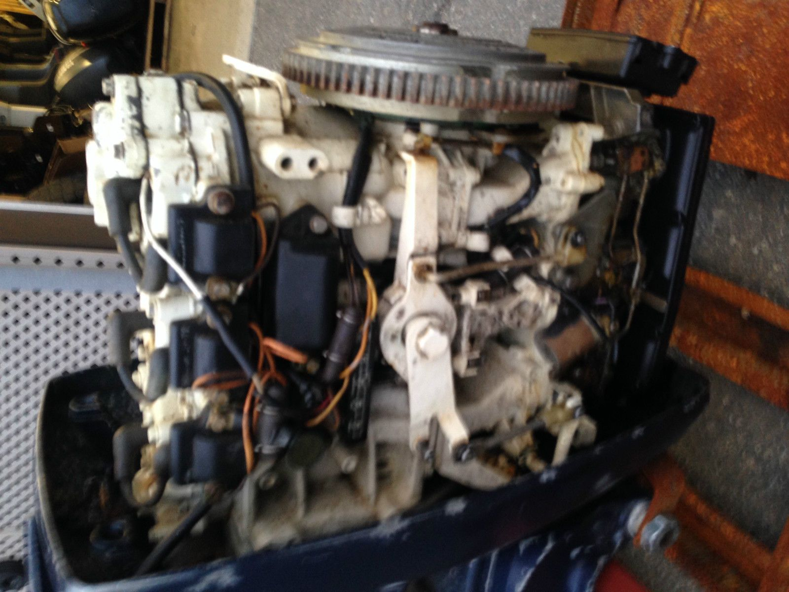 Evinrude 75 Hp Outboard Boat Motor Engine 2 Stroke Johnson