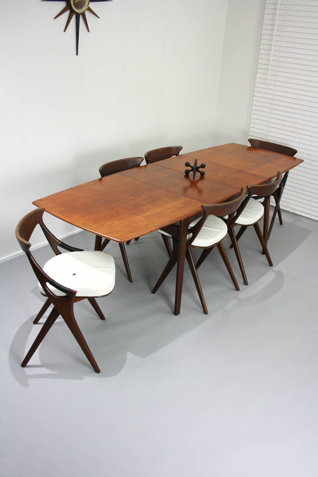 Rare Arne Hovmandolsen Designed For Mogens Kold Mid Century New Scandinavian Teak Dining Room Furniture Design Decoration
