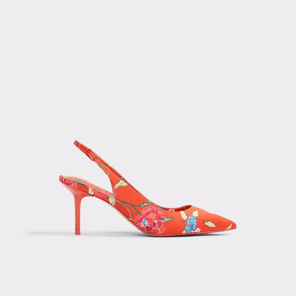 c15e9925b8 Criewiel Perfect for right me-ow and later, this slingback kitten heel  transcends the seasons with wear-everywhere wear.