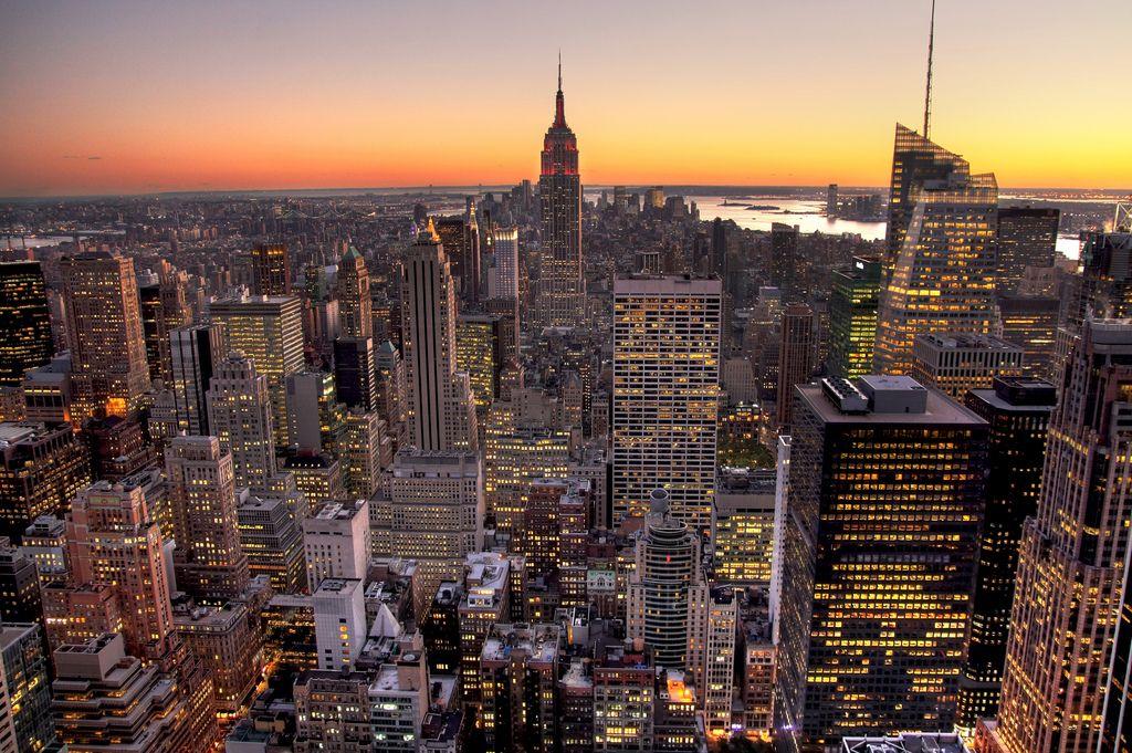 フリー画像 建築 建造物 都市 街 高層ビル 夕日 夕焼け 日没 アメリカ合衆国 ニューヨーク 201012101900 高層ビル 夕焼け 日没