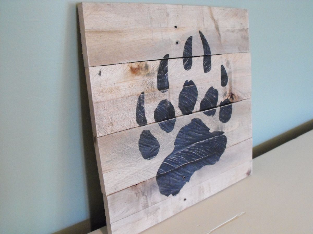 Bear paw print grizzly black brown reclaimed pallet wood for Rustic bear home decor