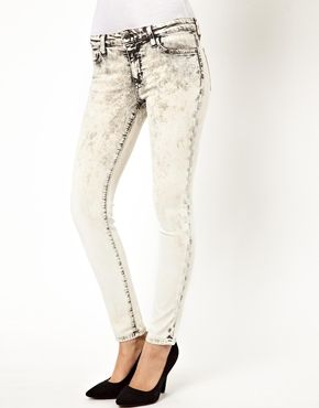 Acid wash, yes please.  These jeans are a great alternative to your black pair.  Wear them the same way.    Pretty Little Liars