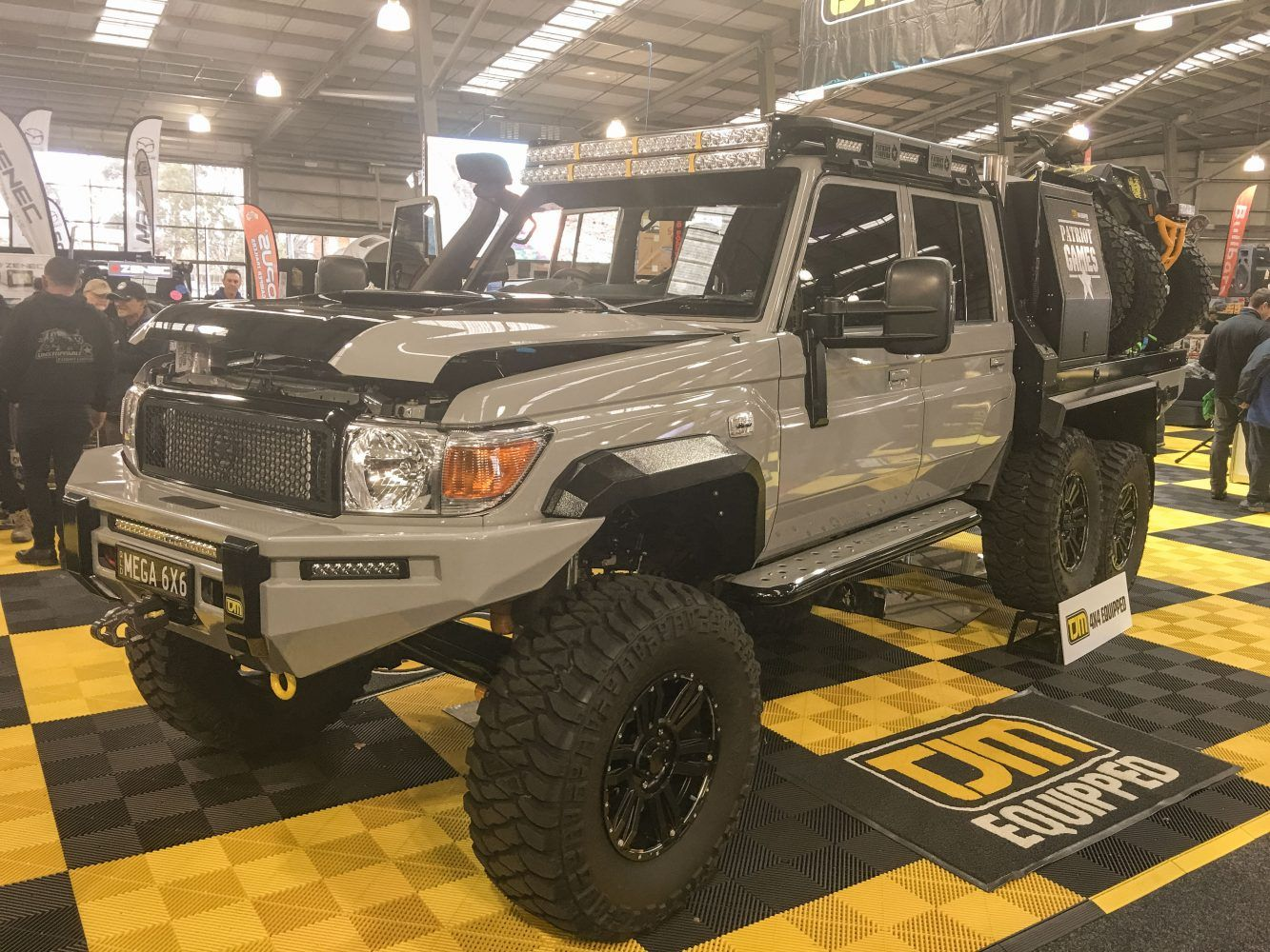 Patriot Games (With images) 6x6 truck, Land cruiser