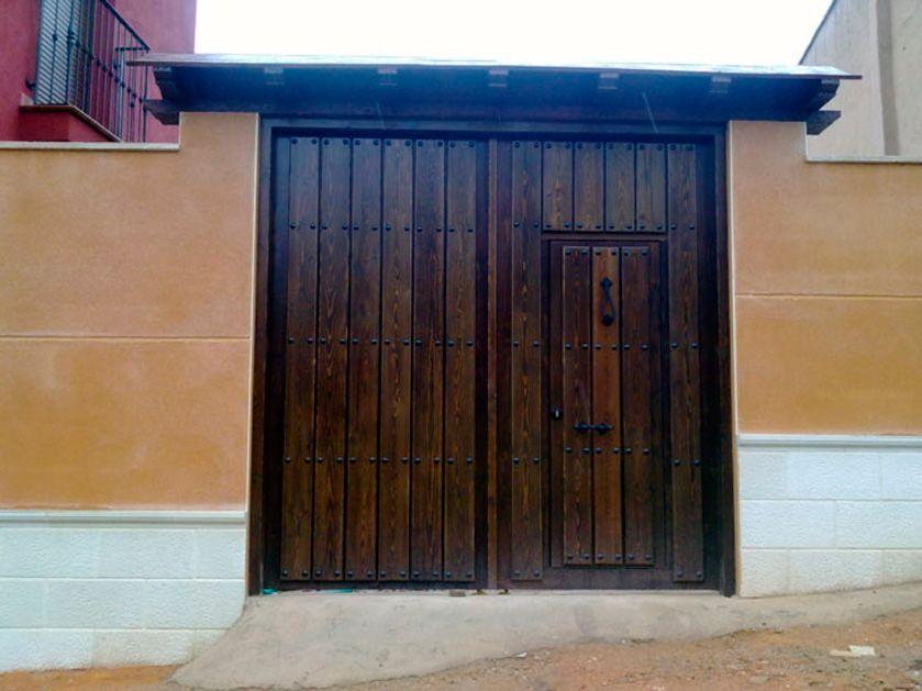 Porton 1 portones madera puertas de madera puertas de for Puertas y portones de madera