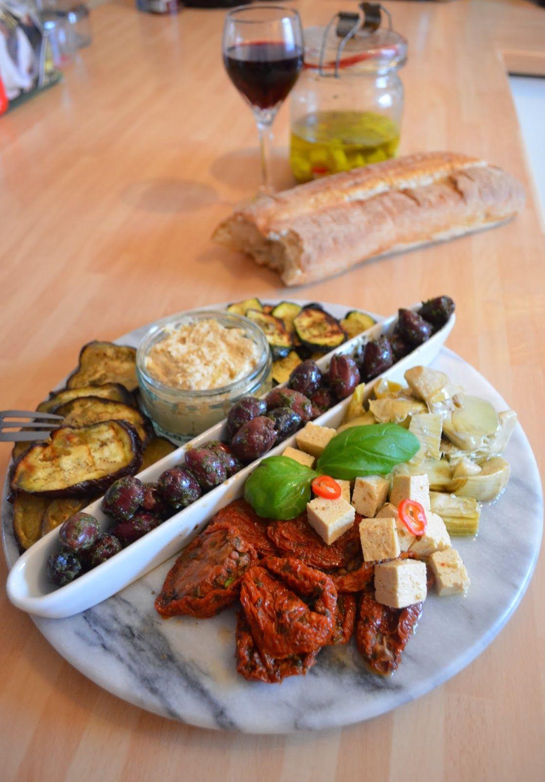 vegan cooking antipasti teller essen pinterest vorspeise landhausk chen und veganer. Black Bedroom Furniture Sets. Home Design Ideas