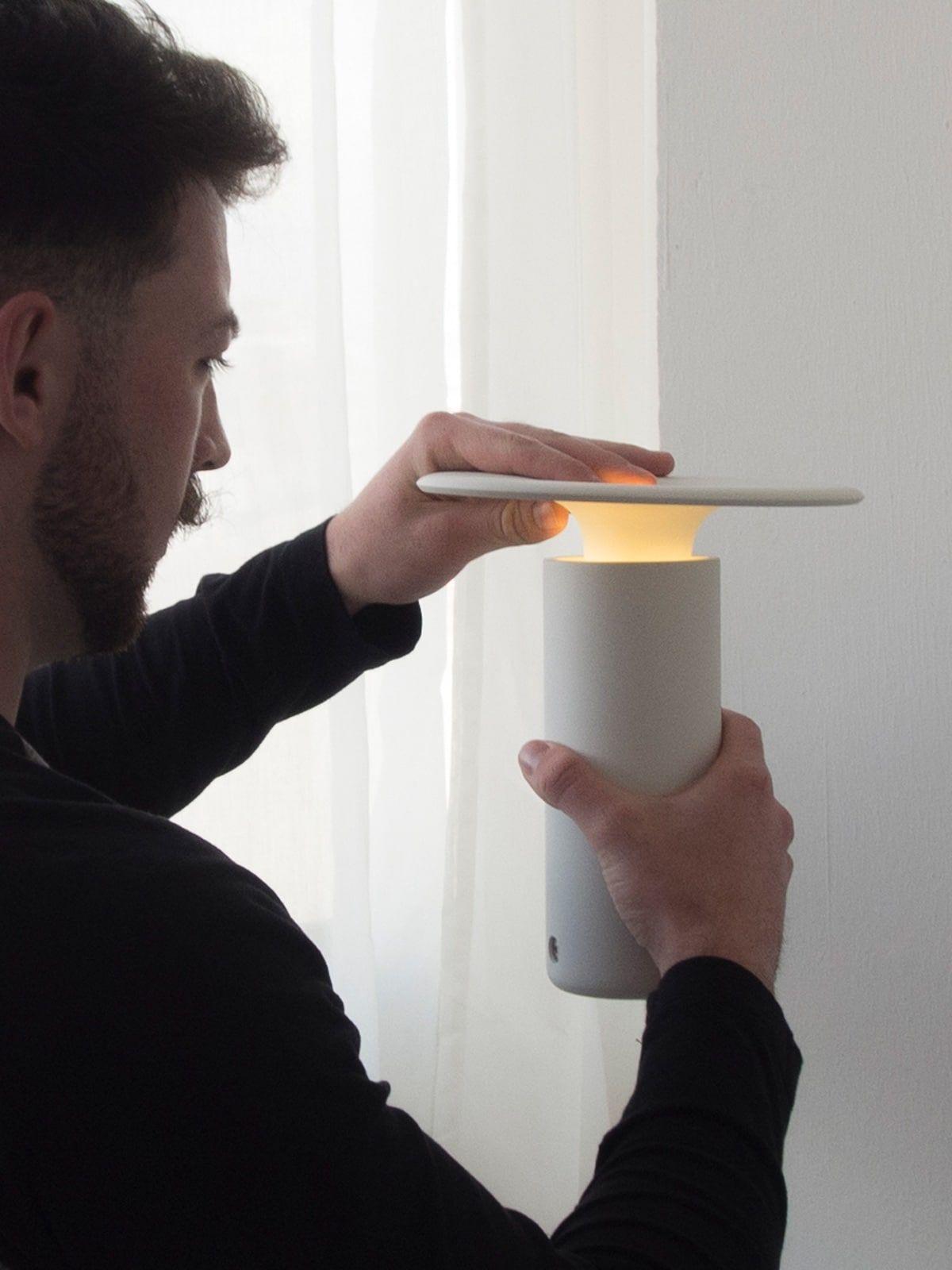 Tragbare Lampen Mit Akku Designort Com Licht In Der Dunkelheit Lampen Lampen Und Leuchten