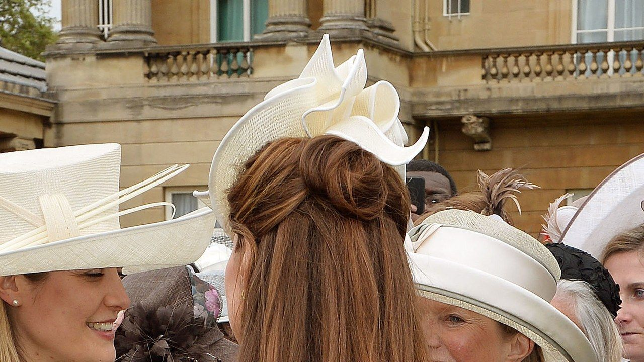 0d6e3236e89da 3 Hat-Hair Combos to Steal From Kate Middleton for the Kentucky Derby  Tomorrow -